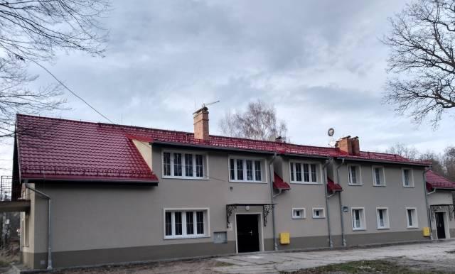 Budynek przy ulicy Katowickiej 209 po termomodernizacji.